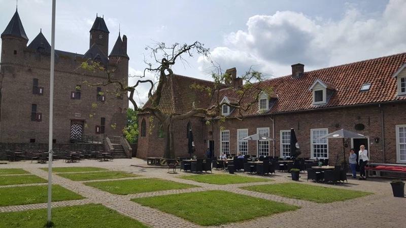 Kasteel-Doornenburg-Herberg