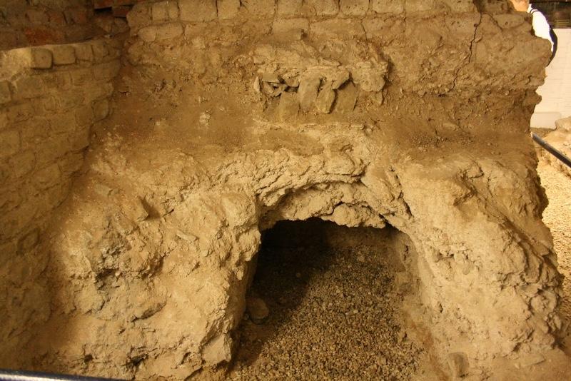 Tempel-Kerkmuseum-Elst-Favissa