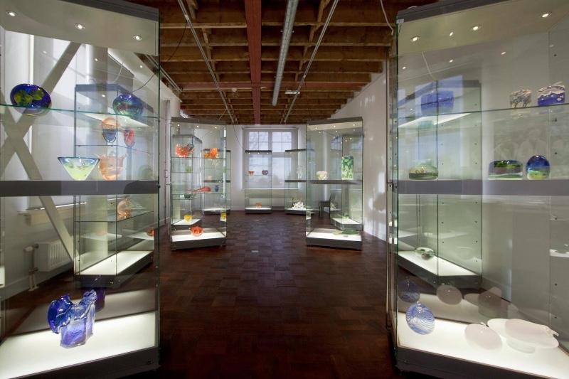 Nationaal-Glasmuseum-Leerdam-binnen