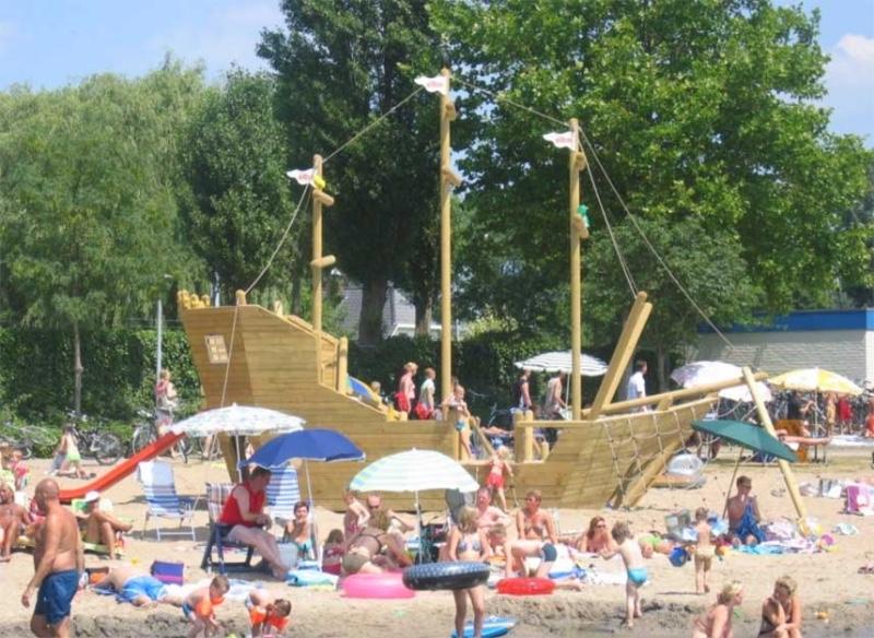 BetuweStrand-Beesd-Speelschip
