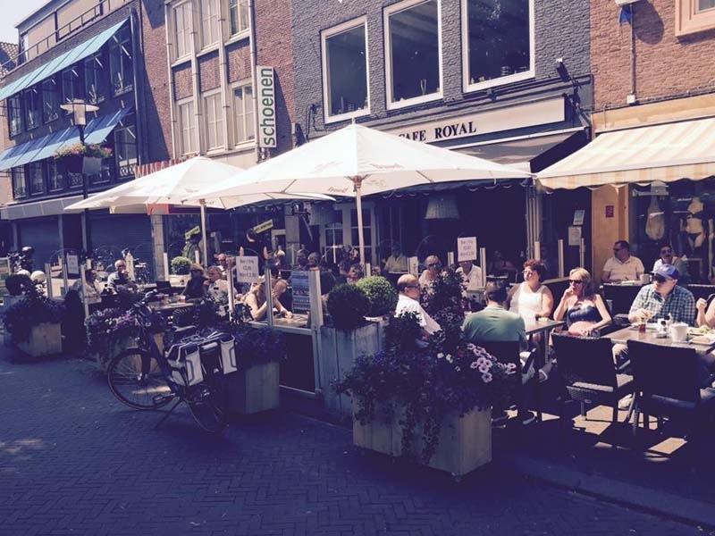 Lunch-Cafe-Royal-Tiel-terras