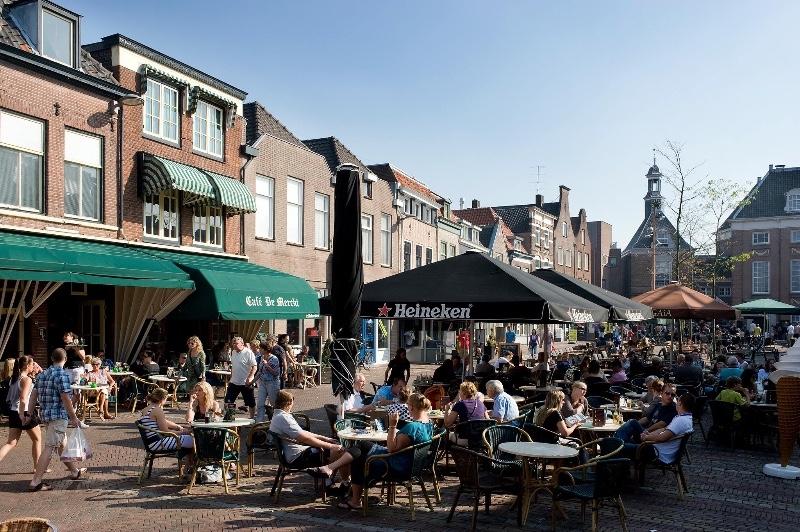 Cafe-Restaurant-De-Merckt-terras