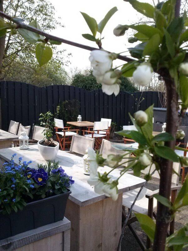 Restaurant-De-Oude-Betuwe-Tricht-terras
