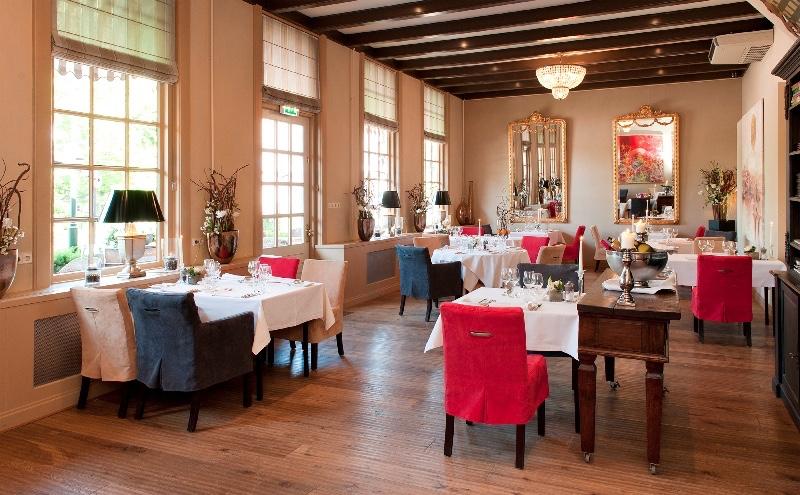 Hotel-Restaurant-Van-Balveren-Echteld-tafels