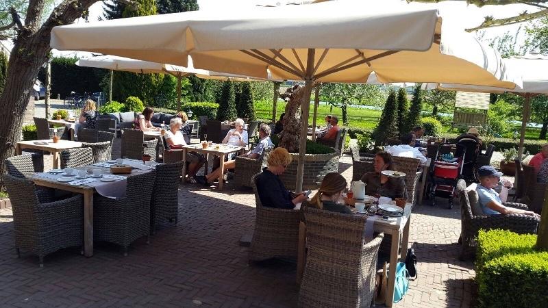 Herberg-de-Zoelensche-Brug-Zoelen-terras