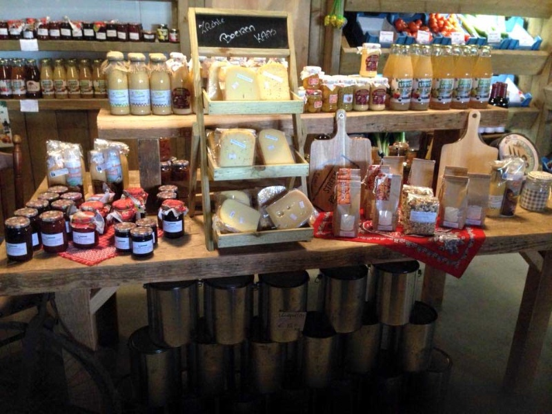 Boerderijwinkel-Marijkes-Fruitkorfje-Buren-producten
