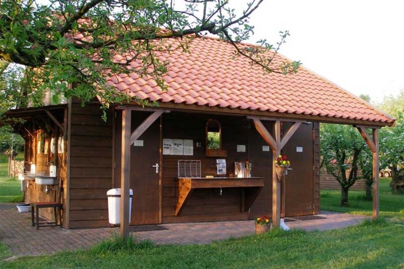 CampingDePit-Rumpt-sanitairgebouw