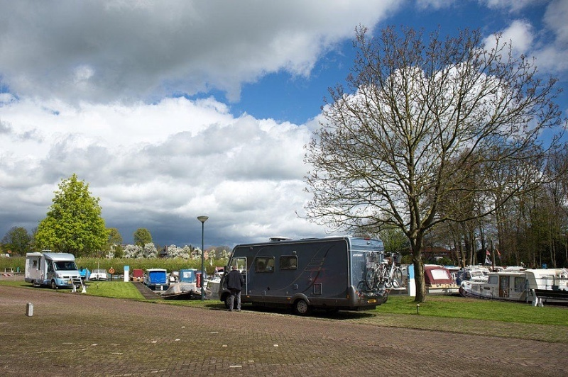 Camperplaatsen-Haven-Achter-het-Veer-Geldermalsen