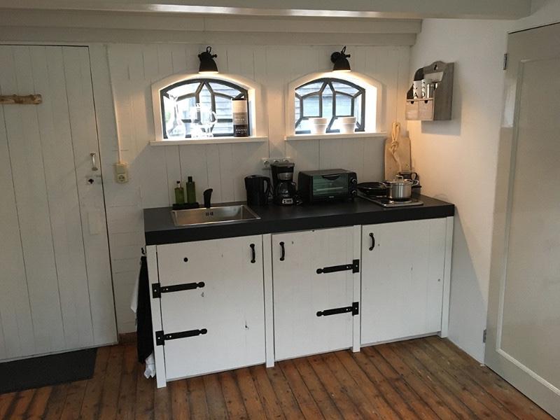 De-Lindebloesem-Rhenoy-keuken