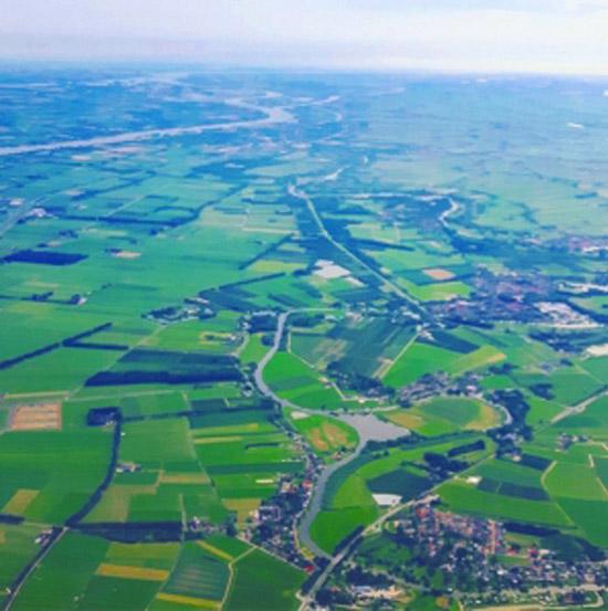 Meest westelijke deel van de Beneden Linge vanuit de lucht