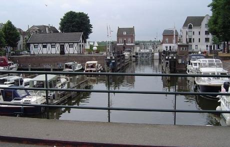 De sluis aan de Kriekenmarkt in Gorinchem