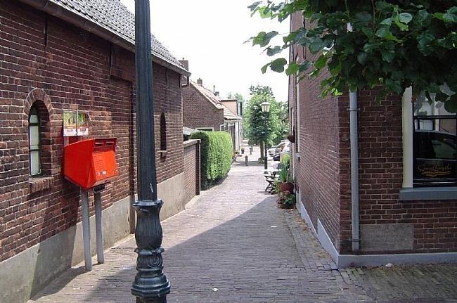 Karakteristieke straatjes in Heukelum